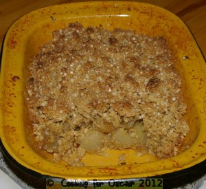 Caramelised Apple and Pear Quinoa Crumble