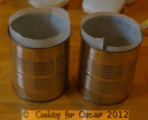 Using tins for making mini cakes