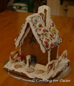 Christmas Gingerbread House